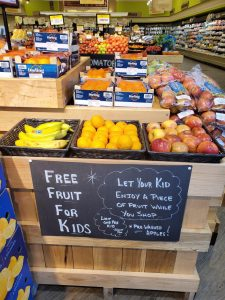 Swannanoa Ingles free fruit for kids